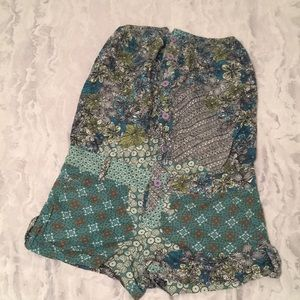 Bershka small jumper shorts multicolored buttoned